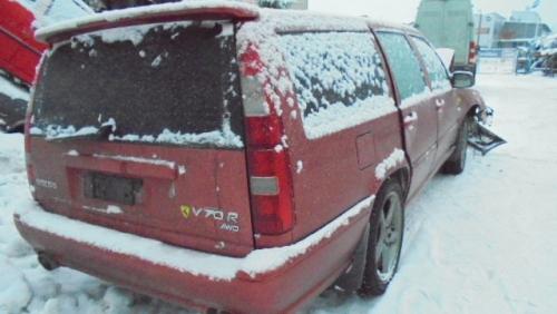 VOLVO R   V70R  4WD  kartano